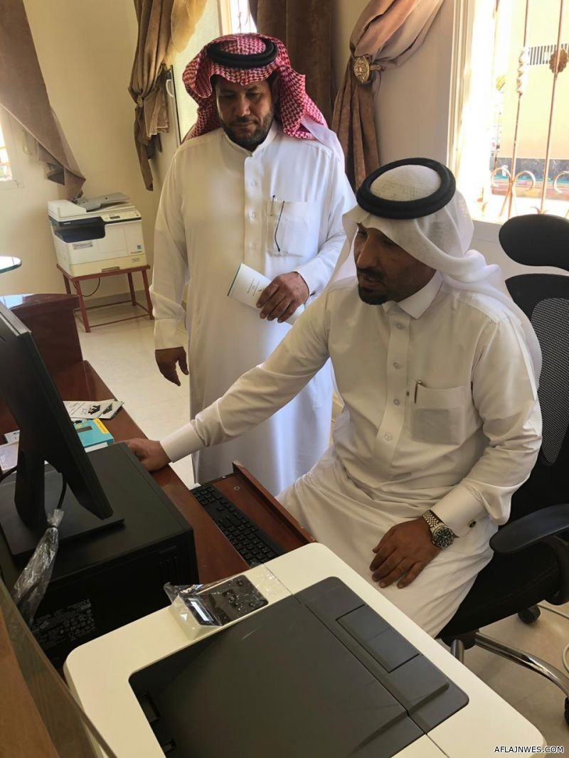 رئيس بلدية الهدار يدشن مركز خدمة الضيف