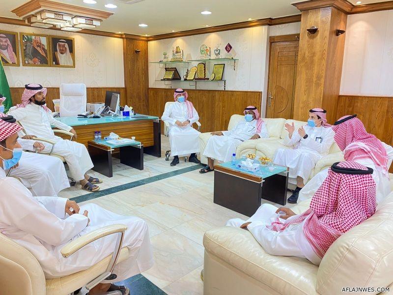 مدير تعليم الأفلاج يستقبل المدير الإقليمي لشركة تطوير للنقل التعليمي
